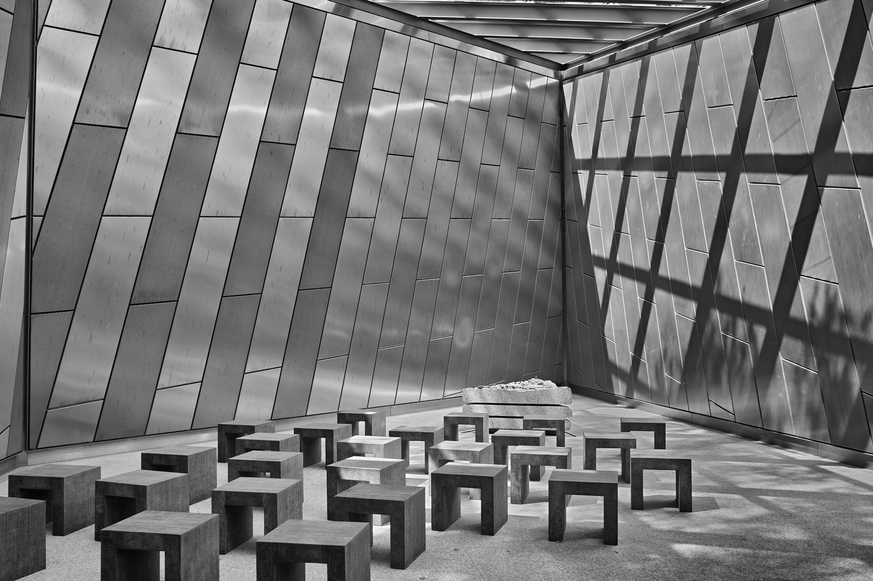 """Andachtsraum-Bergen-Belsen. """" Schwarzweißfoto """" Photo taken by Fotograf Patrick Gawandtka"""