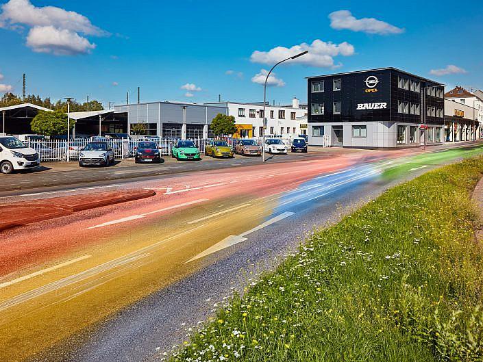 """Opel Bauer """" Außenfoto, Langzeitaufnahme am Tag """" Photo taken by Fotograf Patrick Gawandtka"""