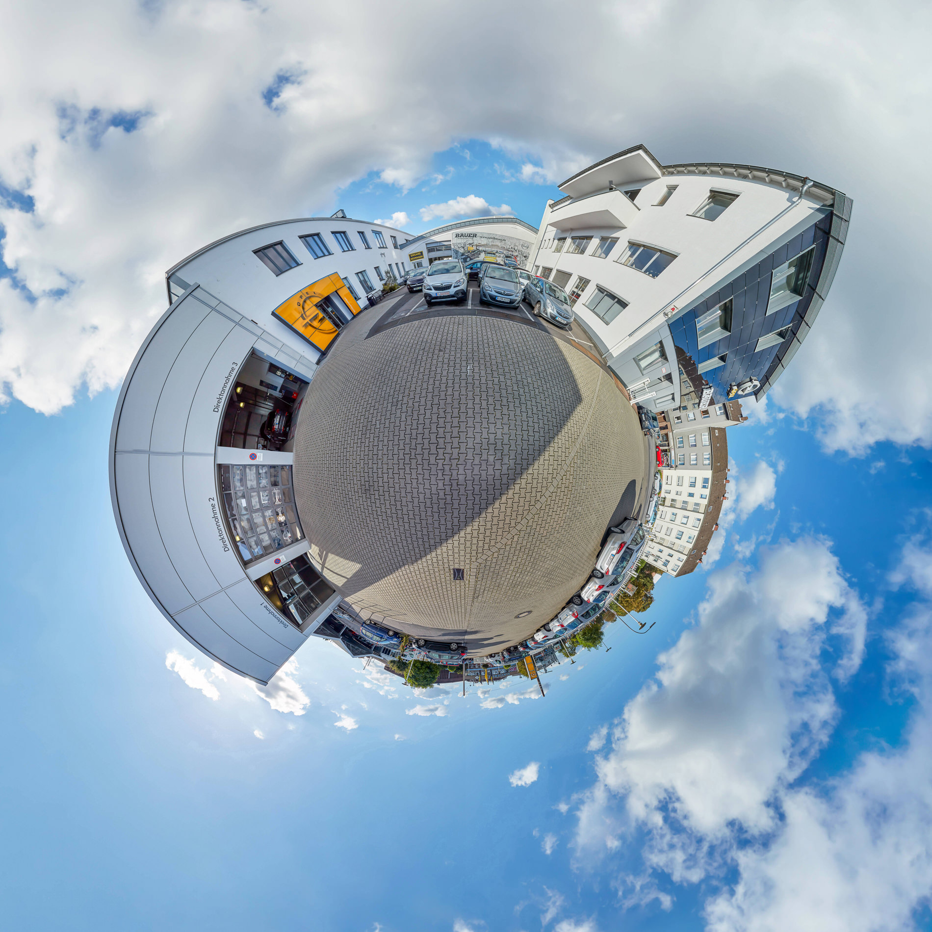 "Opel Bauer Panorama Tour "" Little Planet auf dem Hof von Hopel Bauer in Köln "" Photo taken by Fotograf Patrick Gawandtka"